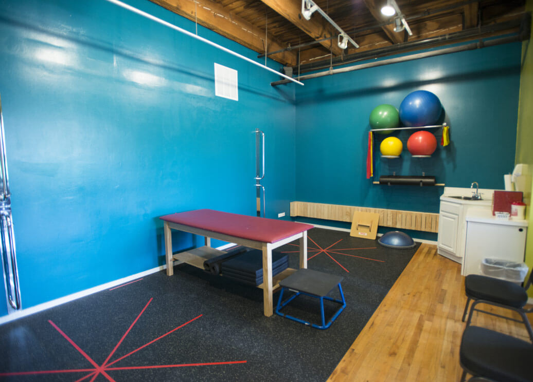 photo-tour-physical-therapy-room