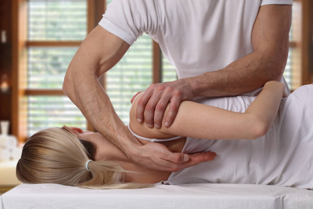 Research Suggests Chiropractic Care Reduces Need For Prescription Pain Medications