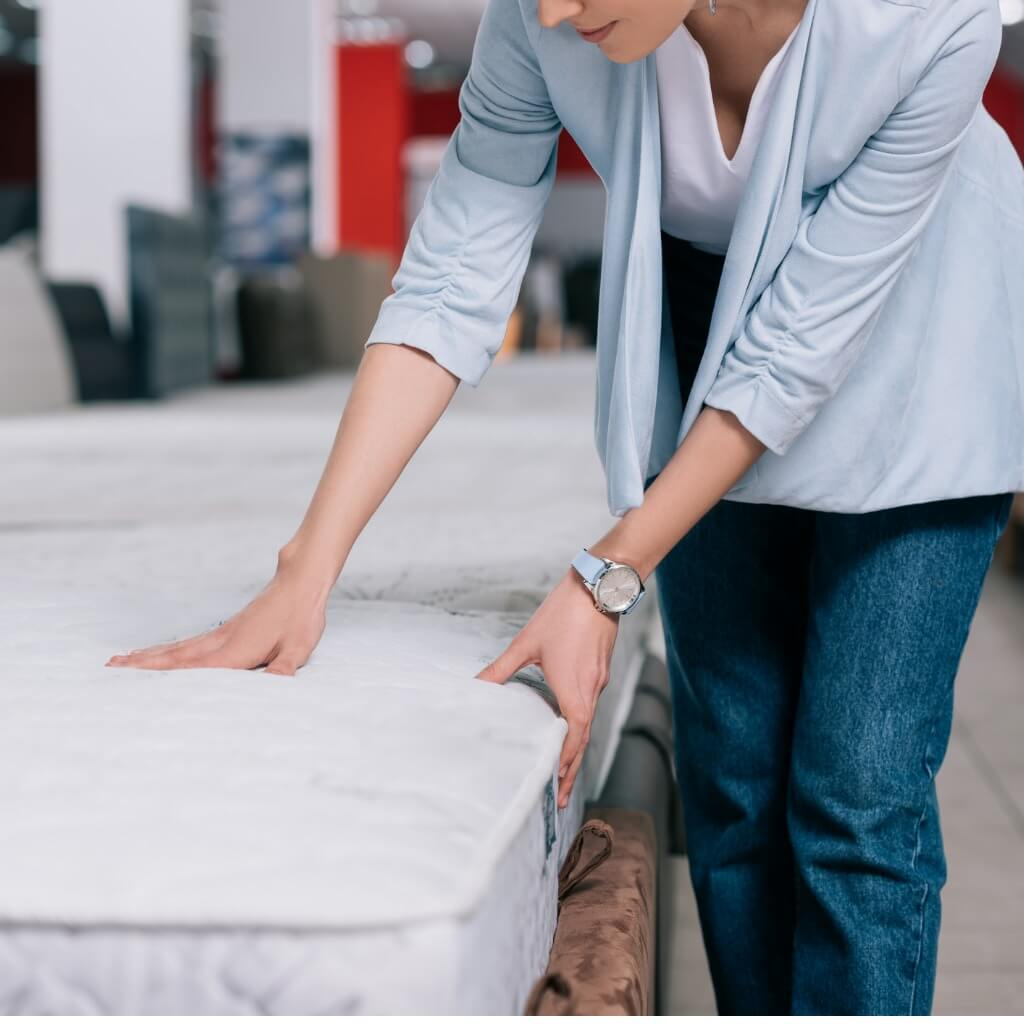 5 Things To Know Before Shopping for a New Mattress